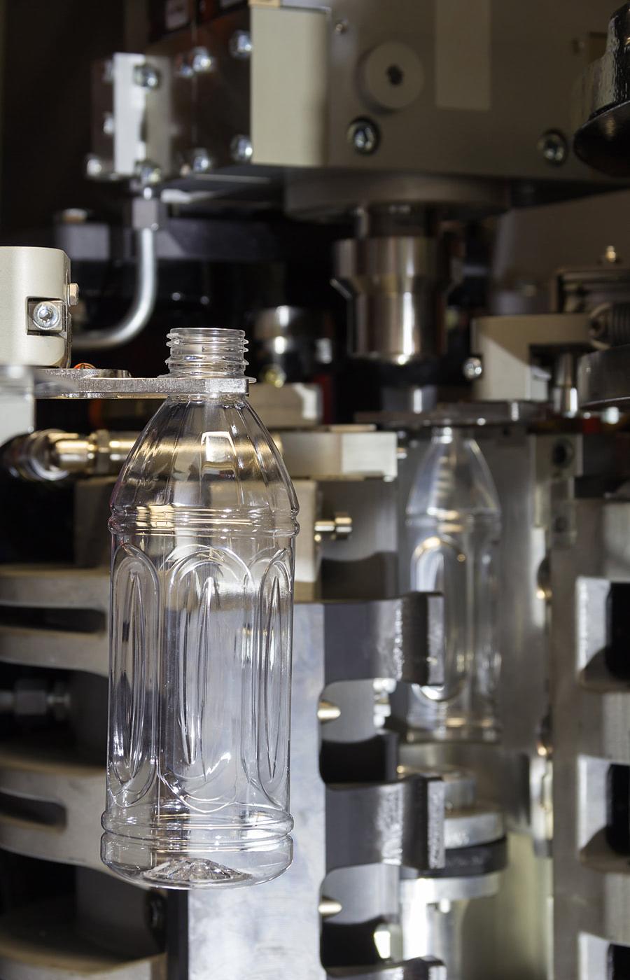 liquid_bottling-05_vertical